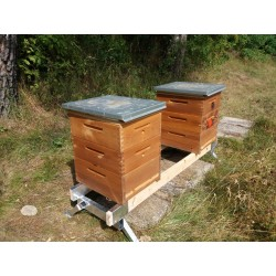 Stojan pod včelí úly